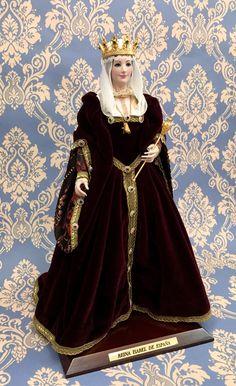 Isabel Reina de Espana siglo XV Isabella Spain queen. Century XV Marin Dolls.