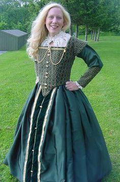 Renaissance Elizabethan wedding bridal Court Gowns Dresses and Costumes