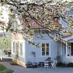 Swedish Cottage, Swedish House, English Cottage Interiors, Welcome To My House, Family House Plans, Exterior Remodel, Facade House, Scandinavian Home, Traditional House