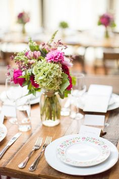 Table setting  Florist: Denise Fasanello; Invitation Designer: Lauren Cartagena
