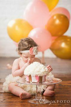 AnyaFoto, cake smash, cake smash ideas, nj children photographer, baby girl, first birthday