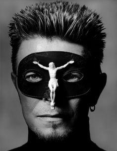 David Bowie, New York City 1996. Photo by Albert Watson.