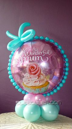 H ow we present our balloons to our customers can make the difference between selling a single balloon versus a complete design. Balloon Crafts, Birthday Balloon Decorations, Balloon Gift, Balloon Garland, Birthday Balloons, Balloon Arrangements, Balloon Centerpieces, Masquerade Centerpieces, Wedding Centerpieces