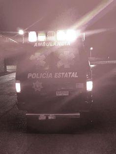 Elementos de la CES rescataron a mujer que intentaba quitarse la vida saltando de un puente peatonal   El Puntero
