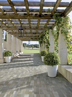 29 wonderful pergola patio design ideas 14 ⋆ All About Home Decor Small Backyard Landscaping, Backyard Pergola, Pergola Shade, Landscaping Ideas, Cheap Pergola, Outdoor Pergola, Small Patio, Casa Patio, Diy Patio