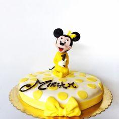 Minnie Baby Cake- La Fenice Pasticceria #likeforshoutout#boanoite#boatarde#odiverta#sigodeolta#лайки#fвзаимныеподписки#взаимнаяподпискаf#лайк#пподписканаменя#подписки#взаимные#взаимныелайки#ch#danielfilipovici#ai#tumblr#cake#floral#lafeniceisernia#isernia#likesreturned#likeforfollow#like4follow#likeforlike#likes4tags#chocolate