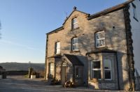 Cliff House: nr Bakewell, Derbyshire. Sleeps up to 32