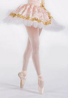 danseuse / tutu / pointe / or / blanc .