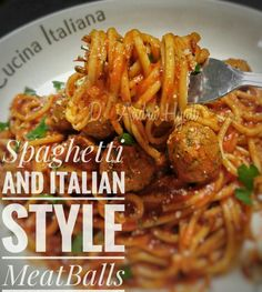Spaghetti and meatball Spaghetti And Meatballs, Italian Style, Food And Drink, Chicken, Ethnic Recipes, Cubs