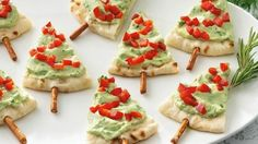 Christmas is upon us and with it comes to holiday parties or get-togethers, we've got