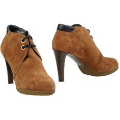Sergio Rossi Shoe Boots (6.392.320 IDR) ❤ liked on Polyvore featuring shoes, boots, ankle booties, camel, leather boots, round toe booties, sergio rossi booties, round cap and leather booties