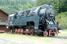 The Australian Federal Railway class 97