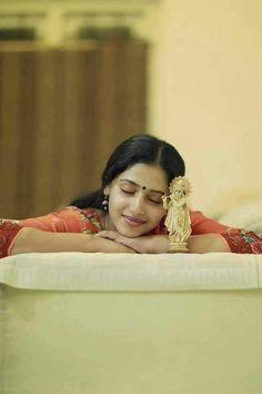 Happy vishu to all – paling-insertion Girl Photo Poses, Girl Photography Poses, Girl Photos, Concept Photography, Photo Shoot, Wedding Photography, Indian Film Actress, South Indian Actress, Radha Radha