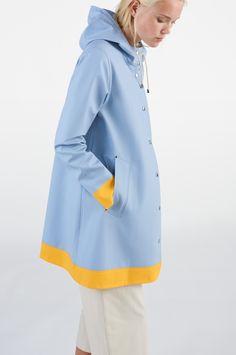 Stutterheim Raincoats Mosebacke Frame Blue Fog - S Charles River, Rain Wear, Eddie Bauer, Feminine Style, Talbots, Tommy Hilfiger, Cotton, Jackets