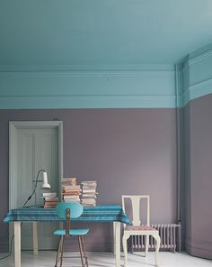 love this two tone look I REALLLY wish I had tall ceilings!