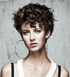 Short hairstyle with curls
