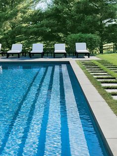 West Elm chaises w/ white cushions in Sunbrella fabric. And this is the pool design we chose! Living Pool, Outdoor Living, Patio Grande, Beautiful Pools, Dream Pools, Pool Landscaping, Backyard Pools, Backyard Pergola, Pool Decks