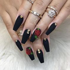 On average, the finger nails grow from 3 to millimeters per month. If it is difficult to change their growth rate, however, it is possible to cheat on their appearance and length through false nails. Aycrlic Nails, Rose Nails, Stiletto Nails, Fun Nails, Hair And Nails, Rose Nail Art, Coffin Nails, Cute Acrylic Nails, Acrylic Nail Designs