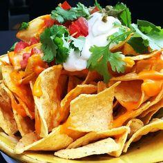 Viva Mexico!!!!! Pega el grito con nosostros en #Lamucca de Almagro. Habrá Pizza Mexico DF #Tacos de Hitlacoche de #Cochinita Pibil o de Camarón #Quesadillas de Pollo #Nachos de La Teki #Margaritas #Tequila #Mezcal Cerveza Mexicana y #Enchiladas...y como no #Mariachis!  15 de septiembre en Almagro 3. Puedes reservar llamando al 91 521 00 00 o en www.lamucca.es  pic #foodple #VivaMéxico #DíaPatrio