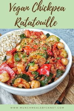 Chickpea Stew, Chickpea Recipes, Vegan Recipes, Vegetable Ratatouille, Ratatouille Recipe, Vegan Dishes, Food Dishes, Vegan Stew, Vegetarian Entrees
