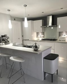 Anzio Modern Bar Stool Anzio Modern Barstools in White look perfect in this white gloss kitchen Open Plan Kitchen Living Room, Kitchen Room Design, Modern Kitchen Design, Home Decor Kitchen, Kitchen Interior, Kitchen Ideas, Narrow Kitchen, Farmhouse Style Kitchen, Modern Farmhouse Kitchens
