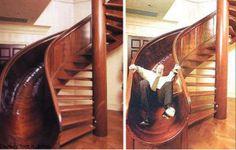 Escorregar pelas Escadas Escadas, quem disse que você tem que ser uma criança para apreciar um bom escorregador de vez em quando? Scott Jones , teve a ideia de combinar escadas com escorregador como a imagem mostra uma escada esculpida em mogno. CONTINUE LENDO EM>>> http://www.dicasdesentupidoras.com/escadas#more-3494