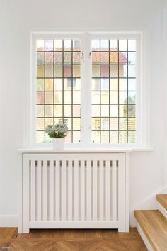 Design by Lovina Cosy House, Fireplace Update, Radiator Cover, Compact Living, House Entrance, Inspiration Wall, Interior Design Living Room, Home Fashion, Decoration