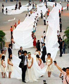 Top 16 des robes de mariées qui n'auraient certainement pas dû exister...