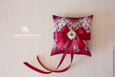 Купить подушечка для колец в цвете марсала - бордовый, марсала, цвет марсала, свадьба, подушечка для колец