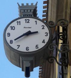 Horloge Bodet Hmt Lectromagn Tique Install E En Gare D 39 Auber Paris Ligne Rer A Horloges