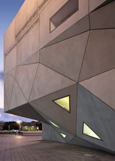 Tel Aviv Museum of Art by Preston Scott Cohen INC