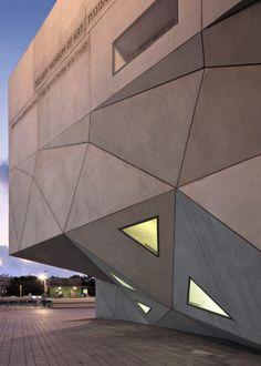 Tel Aviv Museum of Art by Preston Scott Cohen INC