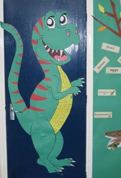 Children at Foxhill Primary School Explore Dinosaurs & Dinosaur decoration classroom door | Things I Made! | Pinterest ... Pezcame.Com