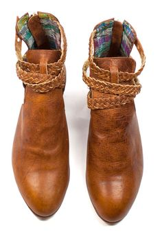 Trenza Cut-Out Boots - One of the many gorgeous styles included in our online Uxibal pop up shop!