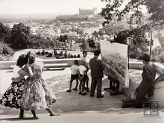 Ivan Kozáček: Captivated by beauty / Zaujaté krásou Bratislava Slovakia, European Countries, Hungary, The Past, Black And White, Couple Photos, Artist, Painting, Life