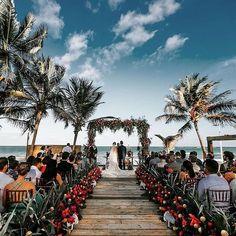 Chivalrous reputed beach wedding decorations Choose your Wedding Ceremony Ideas, Beach Wedding Aisles, Aisle Runner Wedding, Beach Wedding Photos, Beach Ceremony, Wedding Ceremony Decorations, Wedding Venues, Destination Wedding, Wedding Tips