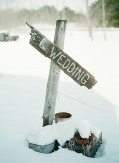Rustic winter wedding sign ... Wedding ideas for brides, grooms, parents & planners ... https://itunes.apple.com/us/app/the-gold-wedding-planner/id498112599?ls=1=8 … plus how to organise an entire wedding, without overspending ♥ The Gold Wedding Planner iPhone App ♥