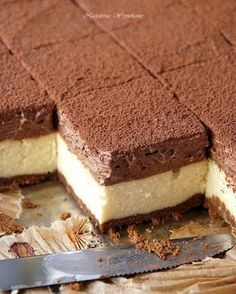 Waniliowy sernik z musem czekoladowym - Justyna Dragan Polish Desserts, Polish Recipes, Cookie Desserts, Sweet Desserts, No Bake Desserts, Sweet Recipes, Delicious Desserts, Dessert Recipes, Yummy Food
