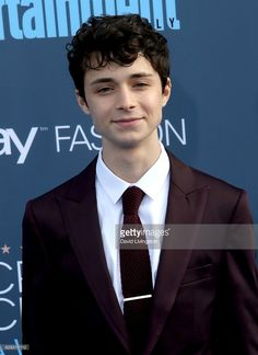 Actor Lucus Jade Zumann attends the Annual Critics' Choice Awards at Barker Hangar on December 2016 in Santa Monica, California. Gilbert Blythe, Beautiful Boys, Pretty Boys, Cute Boys, Gilbert And Anne, Anne White, Anne Shirley, Cuthbert, Future Boyfriend