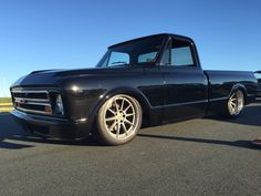 Is anyone surprised that this gorgeous machine is still winning awards? A big congrats to our friends Steve and Danielle Locklin! They earned the Chevy Truck Pick, at this weekend's 2016 Goodguys Southeastern Nationals, in Charlotte, NC, with their LS3-powered 1970 Chevy C10 riding on 19/20-inch Forgeline RB3C wheels finished with Titanium centers & Polished outers! See more at: http://www.forgeline.com/customer_gallery_view.php?cvk=1427  #Chevy #C10 #GGCharlotte #ChevyTruckPick #protouring