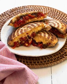 Our easy Cheesy Jaffle Snackwich recipe is the ultimate toasted sandwich and comfort food. Filled with cheese, chutney & PEPPADEW® Sweet Piquanté Peppers for loads of flavour. Lunch Recipes, My Recipes, Waffle Iron, Slice Of Bread, Chutney, South Africa, Easy, Sandwiches, Stuffed Peppers