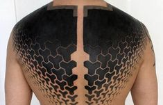60 Negative Space Tattoo Designs For Men - Manly Ink Ideas Circle Tattoos, Body Art Tattoos, Sleeve Tattoos, Space Tattoos, Owl Tattoos, Fish Tattoos, Tatoos, Blackout Tattoo, Neo Tattoo