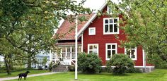 Nordic-Bliss-Swedish-home-country-style-exterior-red