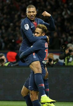 Neymar Jr of PSG celebrates his goal with Kylian Mbappe during the french Ligue 1 match between Paris Saint-Germain and Lille OSC at Parc des Princes stadium on November 2018 in Paris, France. Get premium, high resolution news photos at Getty Images Neymar Jr, As Monaco, France Euro, Paris France, Lille Osc, Portugal Euro, Paris Saint Germain Fc, Chelsea Football, Action Poses