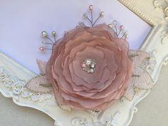 Mariage Pince cheveux fleur de mariée, rose pour coiffure de mariage Karina : Accessoires coiffure par fleurs-de-provence