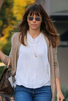 Jessica Biel's new bangs are perfect for Fall.