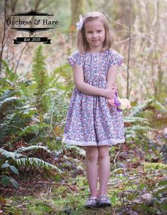 This vintage inspired pdf dress pattern has a large keyhole in the back that pulls over the head and ties closed. Free Spirit has short dolman sleeves and a fu