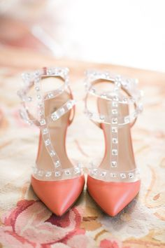 Coral shoes: http://www.stylemepretty.com/destination-weddings/2014/04/15/romantic-wedding-in-provence-south-of-france/ | One and Only Paris - http://oneandonlyparisphotography.com/