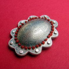 snagpin3 by Lynette Andreason - i think it's a hair clip-- I'd wear it on a sweater