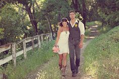 short wedding dress and boots <3 <3 Country Wedding Dresses, Casual Wedding, Our Wedding, Wedding Pics, Wedding Attire, Wedding Engagement, Dream Wedding, Country Engagement, Engagement Shots